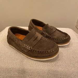 Zara boys brown suede loafers size 26
